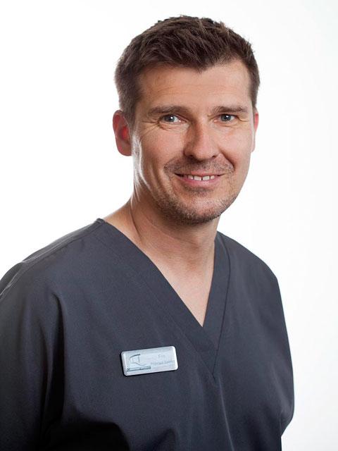 Finley Bason, Dentist